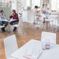 meet_chair_table_Milieu_Cafeteria.tif