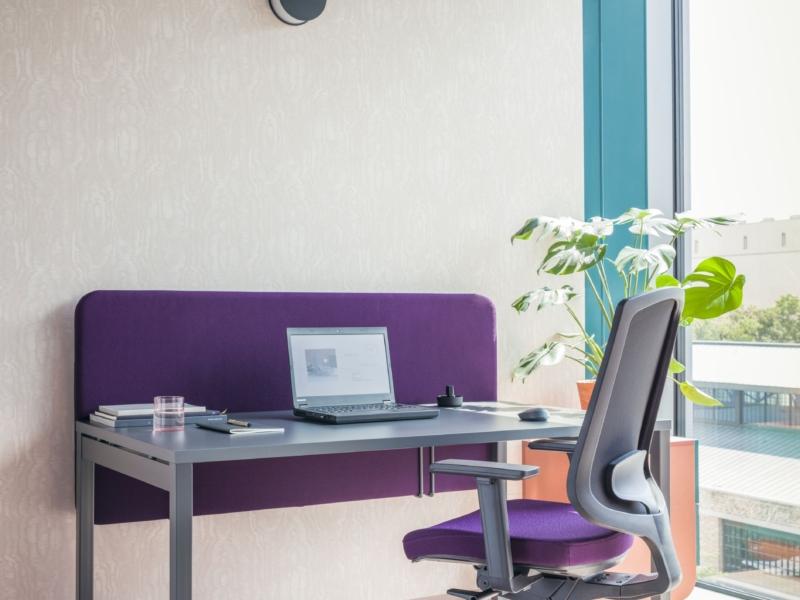 workstation-desk-OGI-MDD-18