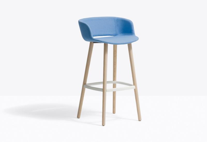 Pedrali_NYM-BARSTOOL_Design-Cazzaniga-Mndelli-Pagliarulo-2_180423_113357
