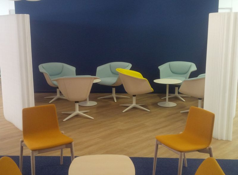 Sedus Sweetpot armchair, Pedrali Malmö upholstered chair, Molo foldable screen